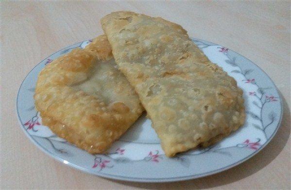 Çi börek(çiğ börek-Tatar Böreği) tarifi