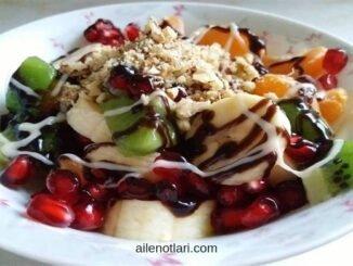 çikolatalı meyve salatası