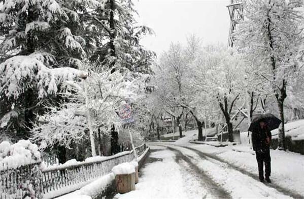 Kar başladı! Kar yağınca evde yapılabilecek en güzel 10 şey