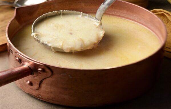 Tavuk suyu çorba tarifi(tel şehriyeli-terbiyeli)
