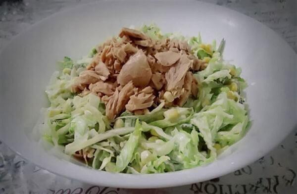 mayonezli ton balığı salatası